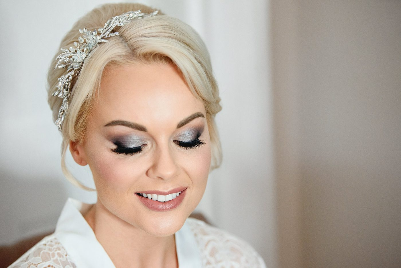 BRIDE WITH SMOKEY EYE MAKEUP