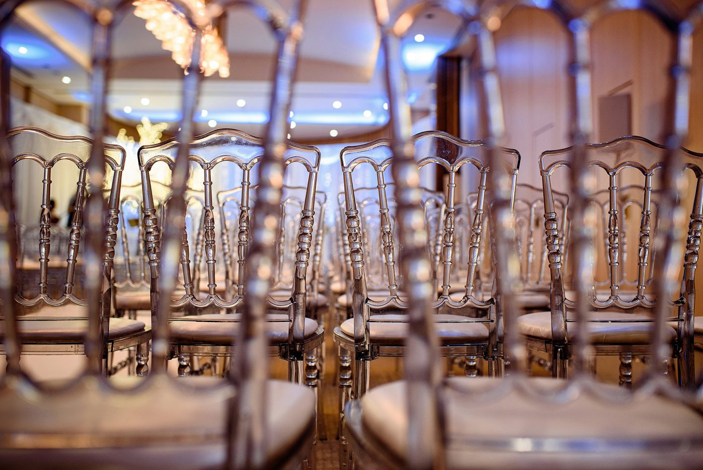 winter wonderland wedding clear acrylic wedding chairs