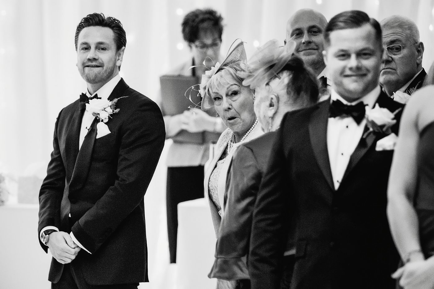 grooms reaction when he sees his fiance