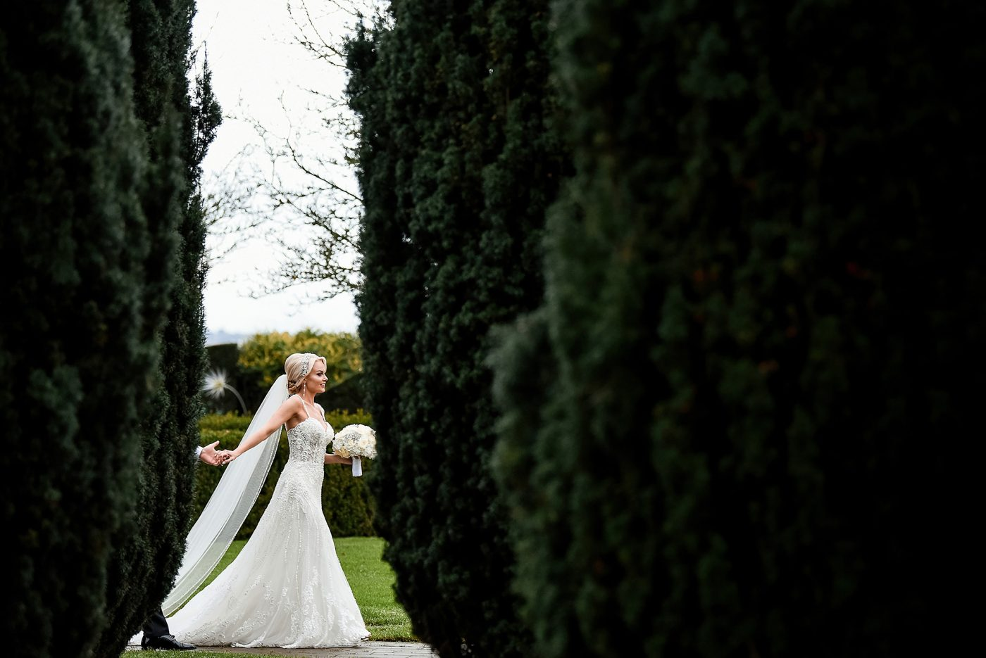 creative wedding photo at golf club and spa