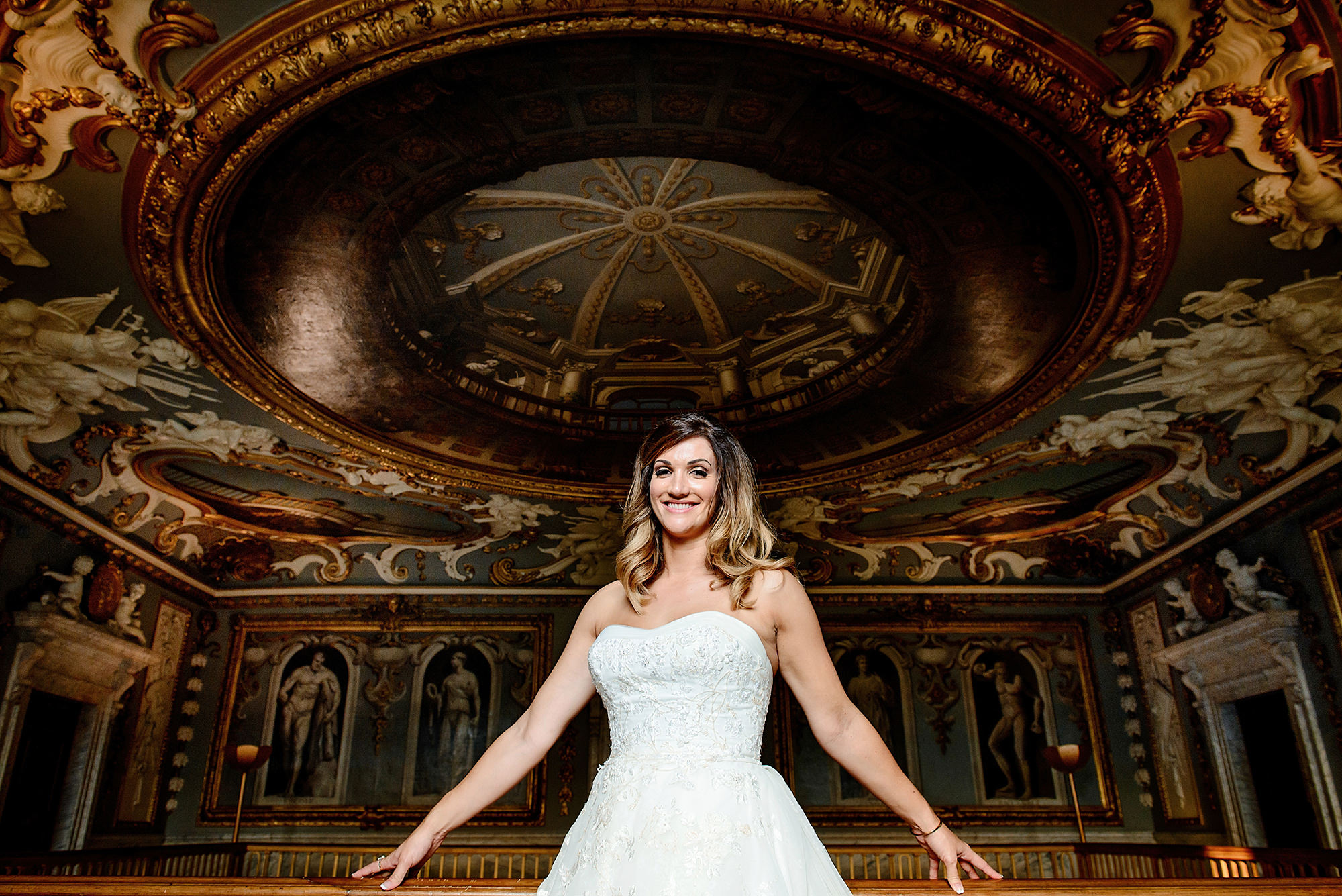 bridal portrait in the great hall