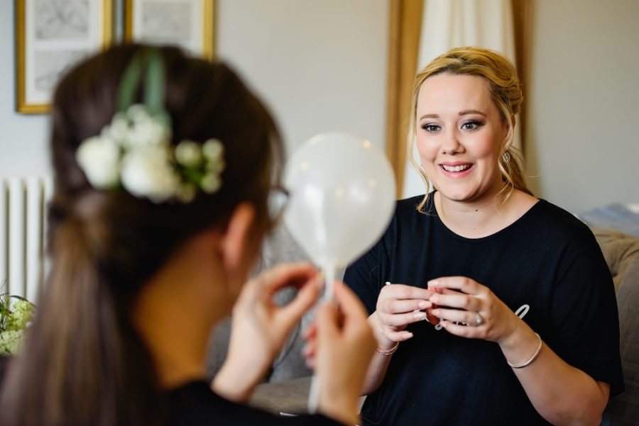 bridal prep at wotton house wedding