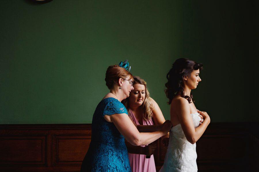 bride getting ready at Ashridge