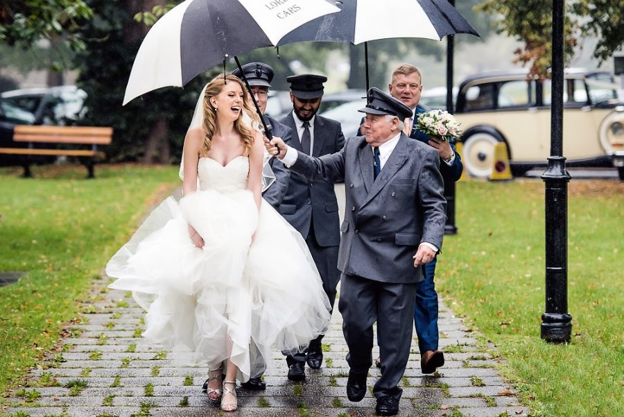 How to plan for rain on your wedding day