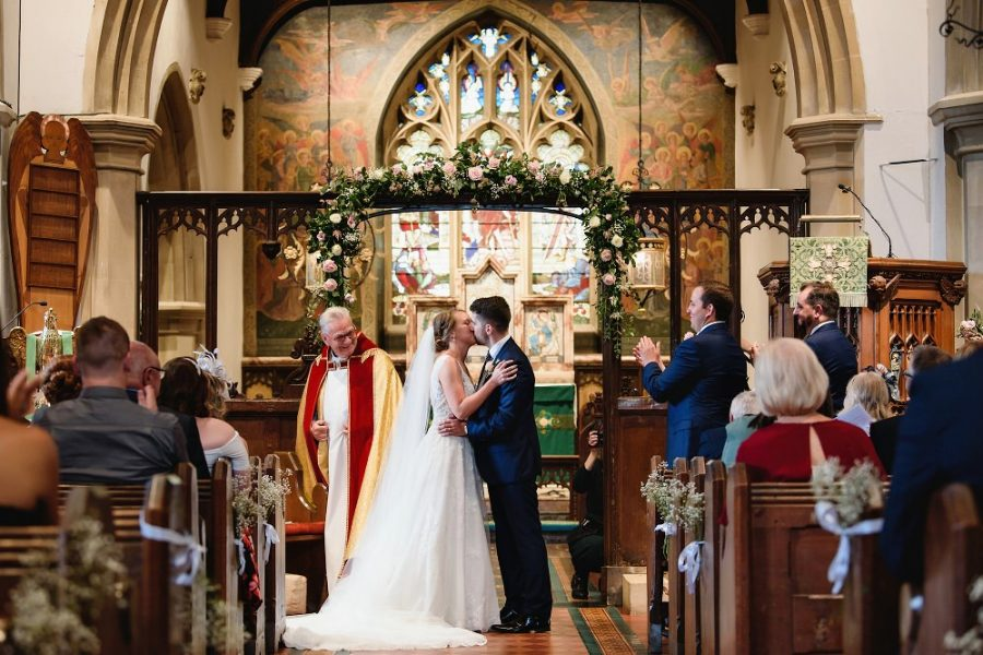 first kiss at st john the baptist c of e little gaddeston