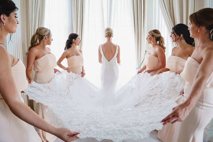 how to find the right wedding dress