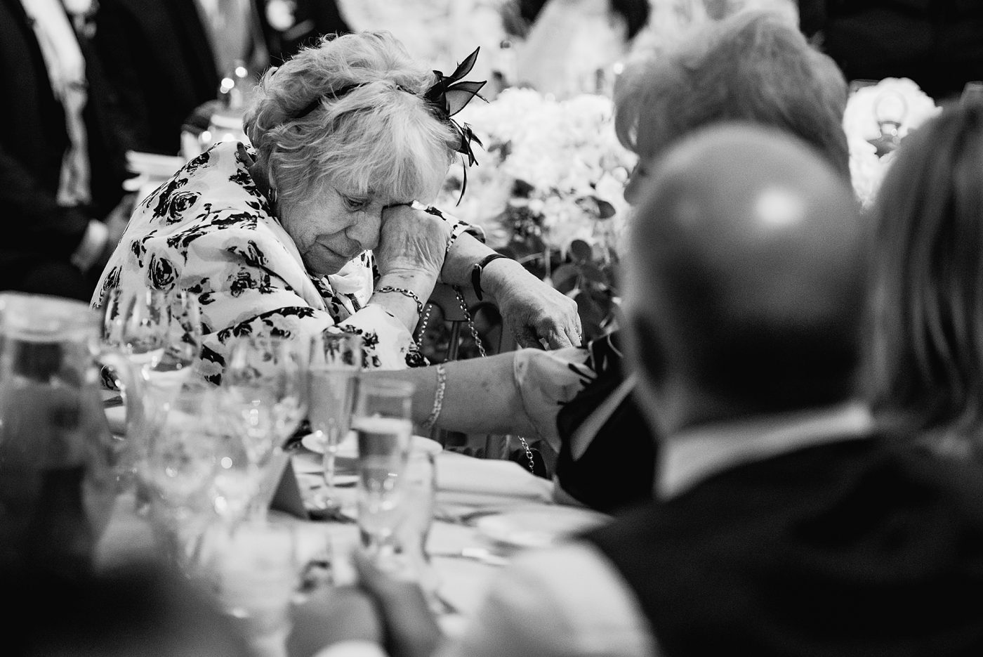 auntie crying during wedding speeches